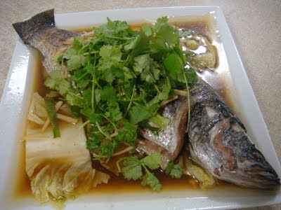 Barramundi with ginger and shallots thekitchenman for Steamed whole fish