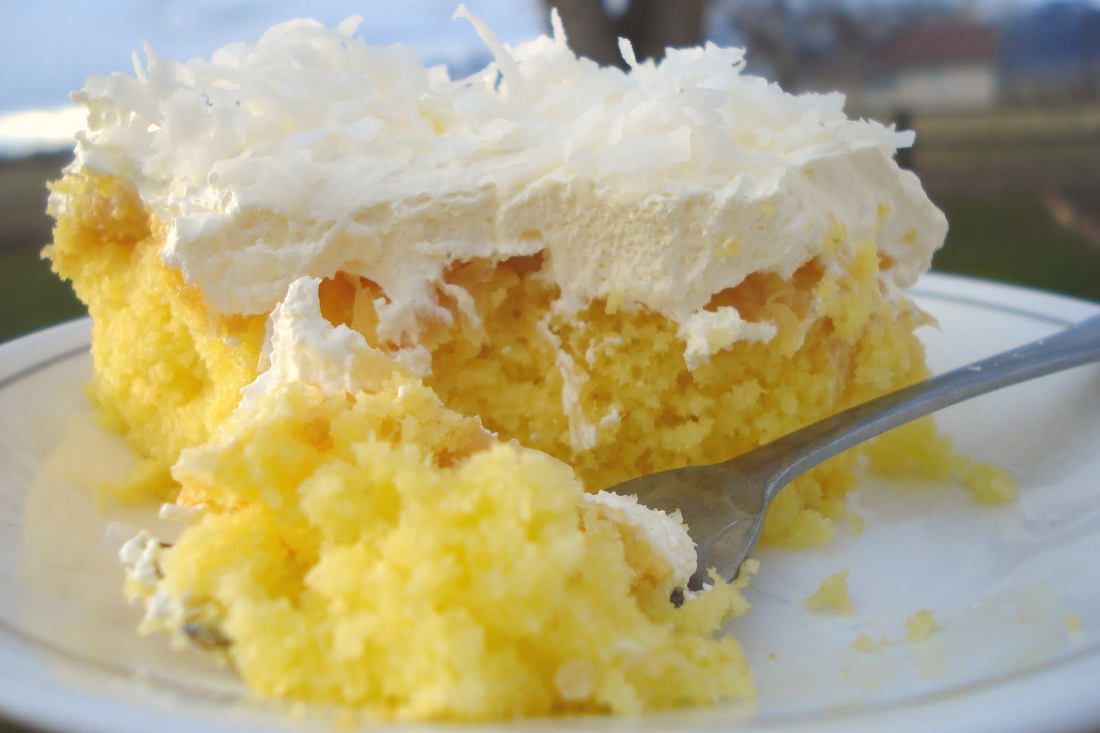 Pineapple Whip Cream Cake Recipe