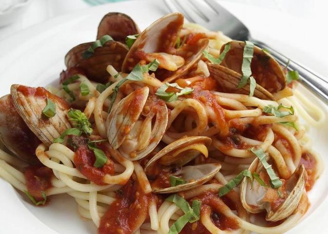Garlic/Wine Clams and Linguini.
